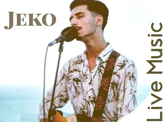 Solo Singer with Guitar